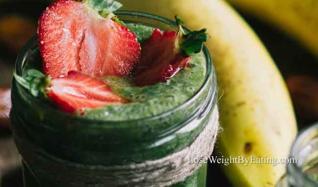 Strawberry Banana Green Smoothie-recipe