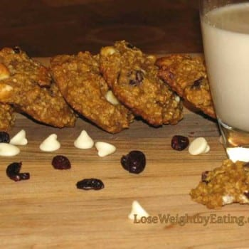 white chocolate chip oatmeal cookies with peaches and cranberries