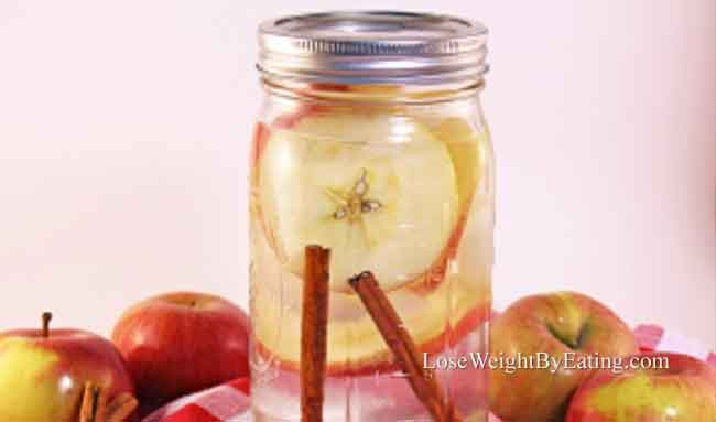 Metabolism Boosting Apple Cinnamon Water