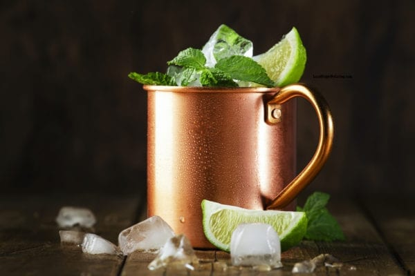 Mint Julep Drink with Bourbon / 5 Low Calorie Cocktails with Bourbon