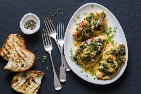 Healthy Cheese and Spinach Smothered Chicken in Crockpot